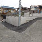 吹田・道路後退後擁壁・駐車場工事完了